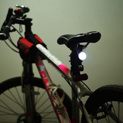led fahrrad licht vorderlicht reflektor r cklicht speichen. Black Bedroom Furniture Sets. Home Design Ideas